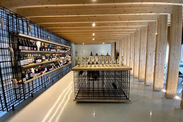 Châpeau Wines